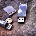 Differences Between SD Card vs. Flash Drive
