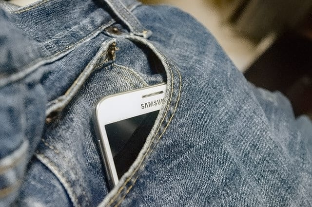 Samsung Phone Pocket - How to Ping Your Android Phone Location by Playing Sound 1