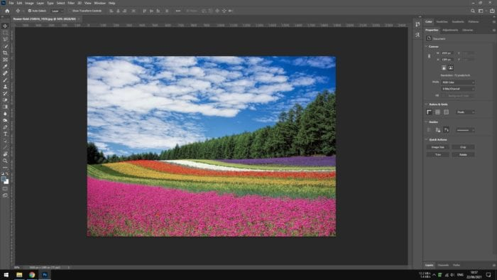photoshop 2 - How to Copy a Color from a Picture in Photoshop 5